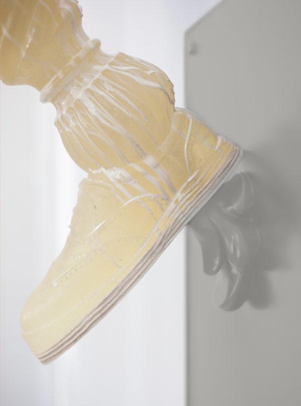 Kick detail21