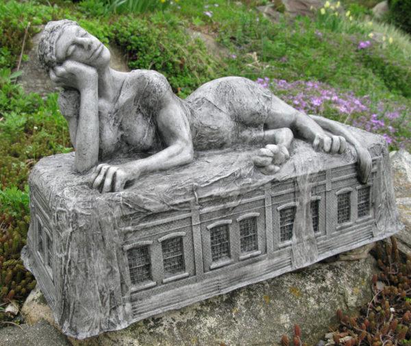 Reclining Sphinx21